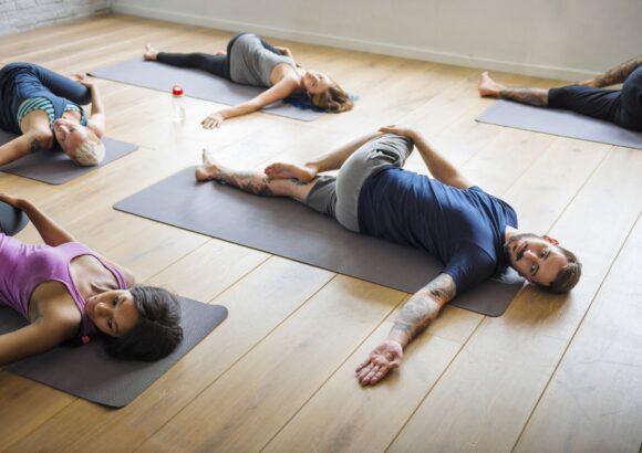 Les cours de yoga autour de Lyon